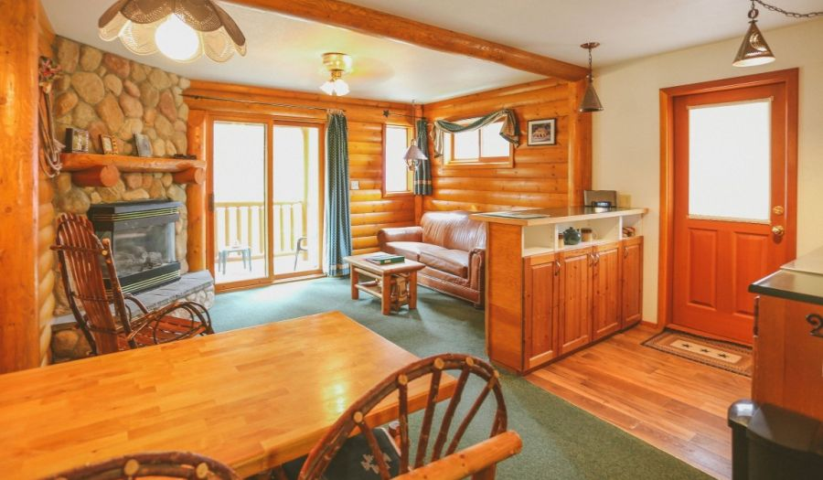 Baker Creek Cabin Rental in Lake Louise